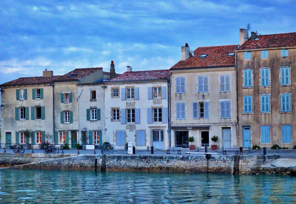 Les maisons du port de l'île de Ré
