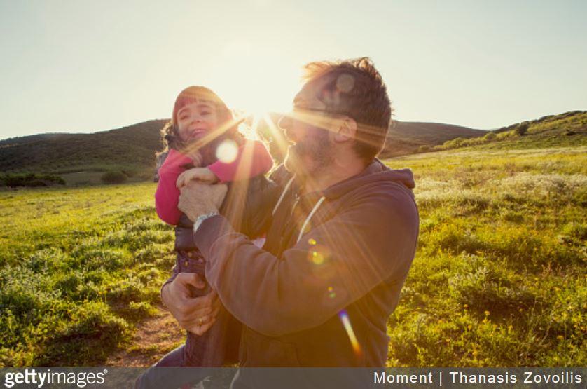 indemnisation-prejudice-corporel-enfant-pere-fille-famille-bonheur